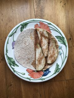 Whole wheat tortilla with a layer of creamy, luscious homemade almond butter, thin slices of pear and a drizzle of cinnamon on top. Cook it in the pan for a few minutes if you want more of a dessert vibe. Homemade Almond Butter, Whole Wheat Tortillas, Nutritious Snacks, Quesadilla, Tray Bakes, A Food, Food Processor Recipes, Pear, Cinnamon