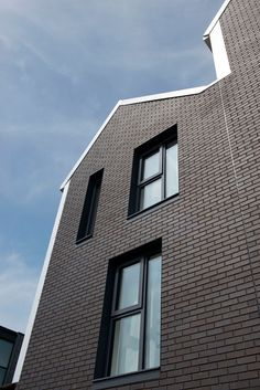 little kelham in sheffield using blockleys wirecut smooth bricks designed by cal architects bespoke brickwork garage office