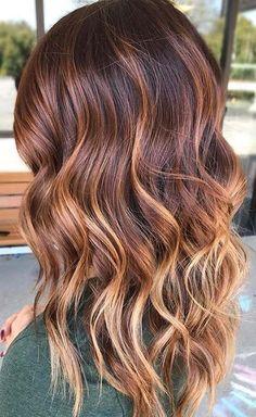 dark auburn balayage trendy hair hair with caramel highlights Auburn Balayage, Brown Hair Balayage, Brown Hair With Highlights, Hair Color Balayage, Blonde Highlights, Caramel Highlights, Chunky Highlights, Bayalage, Color Highlights