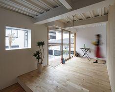 photo(C)ookura hideki / Eureka+MARU。Architecture designed an apartment in Saitama, Japan.