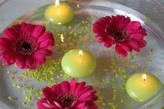 Vert anis et Fuchsia/ fleurs + bougies flottantes