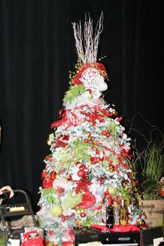 Festival of Trees 2014: Work and Wine Later