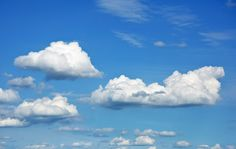 Using Clouds To Predict The Weather – The Homeschool Scientist Das Wetter mithilfe von Wolken vorhersagen – The Homeschool Scientist. Nature Pictures, Cool Pictures, Cloud Type, Cloud Photos, Cloud Wallpaper, Sky Aesthetic, Monochrom, Sky And Clouds, Photo Backgrounds
