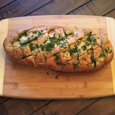 Cheese and Garlic Crack Bread, Pull Apart Bread
