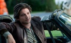 Thomas McDonell is our inspiration for Aodhan 100 Season 2, Thomas Mcdonell, The 100 Tv Series, Fun Size, Beautiful People, Singer, Actors, Hot, Watch