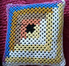 Arte em Crochet: Capa em crochet patch para almofada