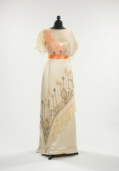 beautiful edwardian dress
