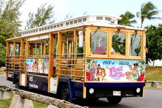 ONE PIECE trolleybus in Hawaii and Guam | tokyohive.com