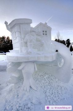 Sneeuwsculpturen 25