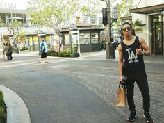 Yonghwa in LA