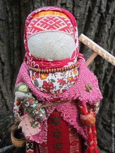 Купить Берегиня - разноцветный, народная кукла, народная традиция, лапти, оберег, берегиня, оберег для дома