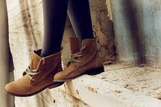 These boots are #cute! Reminds me of peter pan style #boots. Boots of danger by Jacquelyn Marie Potter on Flickr. #brown