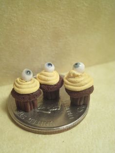 Dollhouse Miniature half scale eyeball by CSpykersMiniatures, $1.00 SOLD