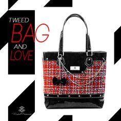 Mademoseille Chanel  Bolsa inspirada em umas das marcas que mais admiro e que…