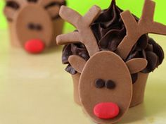 Rudolph cupcakes in Chocolate cupcakes and muffins recipes, step by step instructions of how to cook and bake