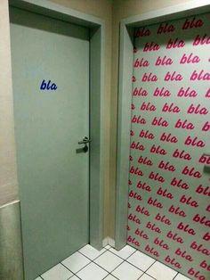 Bla, Bla, Bla toilettenschild