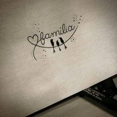 Resultado de imagem para tattoo de familia                                                                                                                                                                                 Más