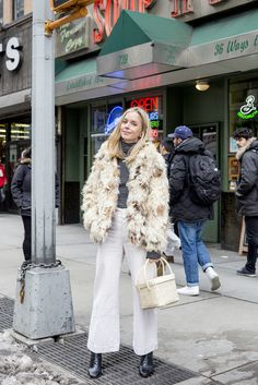 We asked Meredith Melling to wear the same cropped wide-leg pants for five days straight, here is how she styled them.