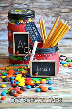 Teacher Gift Mason Jars - Mason Jar Crafts Love