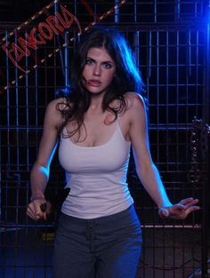 Alexandra Daddario is an American actress who has entertained viewers in both mo. Alexandra Daddario is an American actress who has entertained viewers in both movies (like The Babysitters) and television (like It& Always Sunny. Beautiful Celebrities, Beautiful Actresses, Gorgeous Women, Alexandra Anna Daddario, Alexandra Daddario Baywatch, The Bikini, Woman Crush, American Actress, Celebs