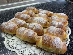 Croissants, Hot Dog Buns, Finger Foods, Deserts, Appetizers, Bread, Snacks, Cooking, Breakfast