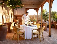L'Hotel Marrakech by Jasper Conran: A Fresh Take on Moroccan Style Visit Marrakech, Visit Morocco, Medina Marrakech, Morocco Travel, Open Hotel, Kimpton Hotels, Egyptian Cotton Bedding, Perfect Steak, Jasper Conran