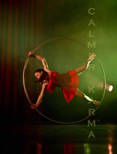 ACROBATIC WHEEL ACTS TO HIRE - CYR PERFORMERS UK