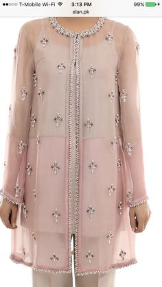 Embroidery dress sequin Ideas for 2019 Couture Embroidery, Embroidery Fashion, Embroidery Dress, Pakistani Dresses, Indian Dresses, Hijab Fashion, Fashion Dresses, Mode Abaya, Indian Designer Wear