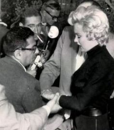Marilyn on the day of the announcement of her divorce from Joe DiMaggio, October 6th 1954.