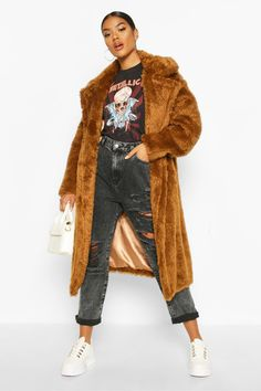 Shop boohoo's range of womens and mens clothing for the latest fashion trends you can totally do your thing in, with of new styles landing every day! Fur Oversize, Brown Faux Fur Coat, Cyberpunk Fashion, Gothic Fashion, Padded Jacket, Gothic Steampunk, Victorian Gothic, Steampunk Fashion, Gothic Lolita