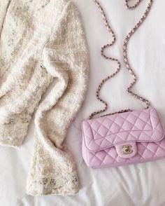 Tweed Pearls Chanel ♡ Pinterest : @1kco0zwe8r4mzzk.