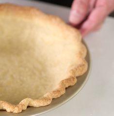 Kimball's Secret to No-Shrink Pie Dough Christopher Kimball's Secret to No-Shrink Pie Dough Easy Pie Crust, Pie Crust Recipes, Pastry Recipes, Tart Recipes, Baking Recipes, Pie Crusts, Baking Tips, Pie Dough Recipe, Bean Recipes