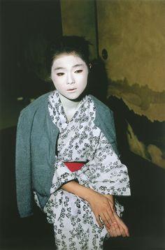 Shomei Tomatsu (1930-2012) Jidai Matsuri (Festival de la edad), 1983 © Shomei Tomatsu, cortesía Galerie Priska Pasquer