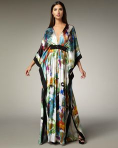 Brushstroke-Print Silk Caftan by Naeem Khan at Neiman Marcus. Arab Fashion, Muslim Fashion, Boho Fashion, Fashion Dresses, Vestido Dress, Caftan Dress, Vestidos Plus Size, Africa Dress, Designer Gowns
