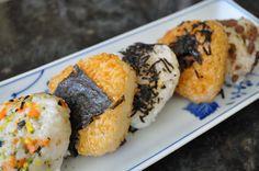 Recipe: Korean Rice Triangles(삼각주먹밥 Samgak Joomukbap)