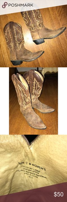 Justin cow girl boots Mid calf heeled cowgirl boots  well worn but still have a lot of wear left in them!  Burnt orange and tan design Justin Boots Shoes Winter & Rain Boots