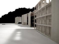 Shifting facades