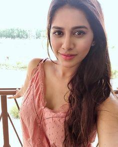 Nabha Natesh HD Photos New Stills images Pics Teen Actresses, British Actresses, Indian Actresses, Sonam Kapoor, Deepika Padukone, All Actress, Hollywood Heroines, Tamil Actress Photos, Most Beautiful Indian Actress