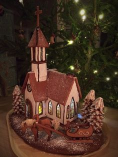 Piparkakkukirkko Gingerbread church Ideas for different gingerbread houses