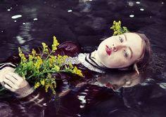 Elle Moss - Ophelia