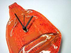 Garrafa relógio Parede laranja ponteiros pretos  RECICLAGEM COM ARTE R$ 38,00