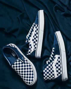 """ec9f69f08d5dc7 HYPEBEAST Kicks on Instagram  """"Swipe for a closer look at the  vansjapan  limited edition  Indigo Checkerboard  pack. Dropping Saturday"""