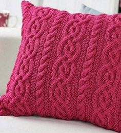 Knitting needles cushion