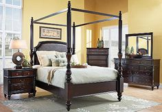 massive size bed...but pretty    Old Havana Canopy King Bed