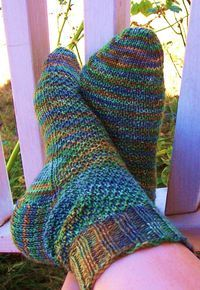 Crocodile Rock Knitted Socks pattern by KISDesigns on Etsy