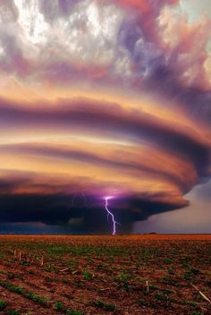 Supercell Lightning, Snyder, Nebraska photo via debra