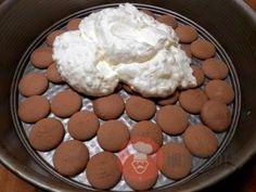 FotoRecept | Broskyňová nepečená torta - NajRecept.sk Muffin, Dairy, Pudding, Pie, Cheese, Breakfast, Food, Pinkie Pie, Breakfast Cafe