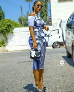 Shake the Fashion Table With These Beautiful Kente Styles - Sisi Couture African Print Dresses, African Wear, African Fashion Dresses, African Dress, African Style, Ankara Fashion, Big Girl Fashion, Fashion Wear, Fashion Outfits