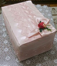Trousseau Packing, Pretty Eye Makeup, Viking Tattoo Design, Sunflower Tattoo Design, Art N Craft, Pretty Box, Silk Ribbon Embroidery, Homemade Beauty Products, Tissue Boxes