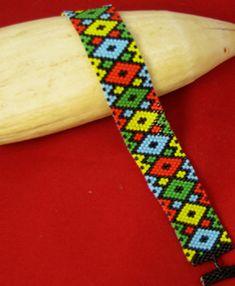 Diamonds + Peyote by Beadbrickie AKA Mareta Pascoe Loom Bracelet Patterns, Peyote Stitch Patterns, Bead Loom Patterns, Bracelet Designs, Beading Patterns, Peyote Beading, Collar Indio, Beaded Bracelets, Seed Beads
